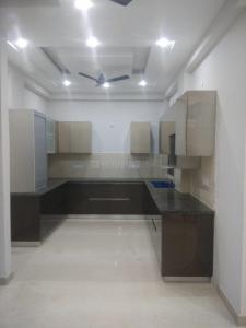 Gallery Cover Image of 2100 Sq.ft 4 BHK Independent Floor for buy in Kaushambi for 13000000