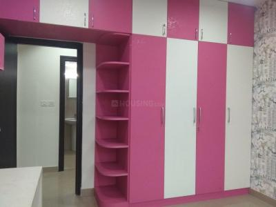 Gallery Cover Image of 1300 Sq.ft 3 BHK Apartment for rent in Perumbakkam for 18000
