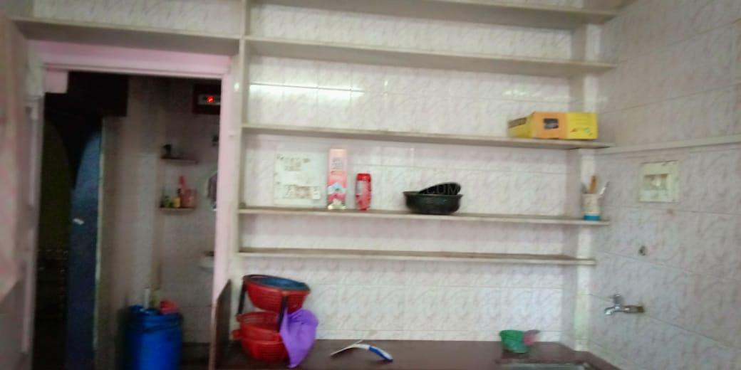Kitchen Image of 400 Sq.ft 1 RK Apartment for rent in Thane West for 12000
