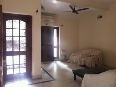 Gallery Cover Image of 1800 Sq.ft 4 BHK Independent Floor for rent in Sarita Vihar for 46500