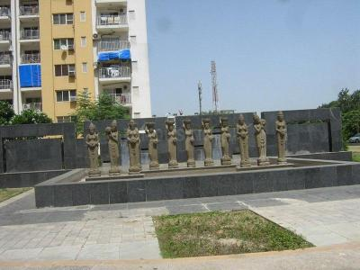 Gallery Cover Image of 2032 Sq.ft 3 BHK Apartment for rent in Park Grandeura, Sector 82 for 18900