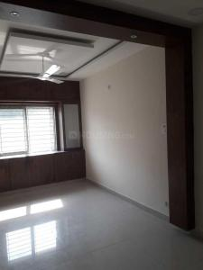 Gallery Cover Image of 1650 Sq.ft 3 BHK Apartment for rent in Chitrapuri Colony for 32000