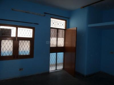 Gallery Cover Image of 250 Sq.ft 1 RK Independent Floor for buy in Sector 110A for 800000