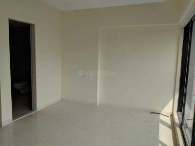 Gallery Cover Image of 550 Sq.ft 1 BHK Apartment for rent in Santacruz West for 60000
