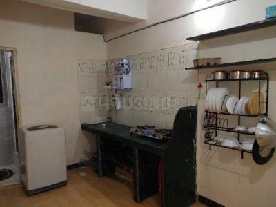 घनसोली में पीजी लाइफ के किचन की तस्वीर