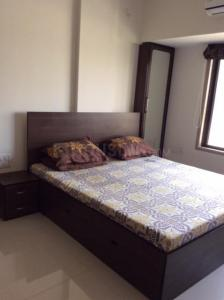 Gallery Cover Image of 1000 Sq.ft 2 BHK Apartment for rent in Malad West for 45000