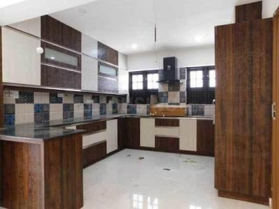 Gallery Cover Image of 2400 Sq.ft 4 BHK Independent House for buy in Karimankulam for 22500000