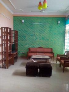 Gallery Cover Image of 3000 Sq.ft 2 BHK Independent Floor for rent in Sector 52 for 25000