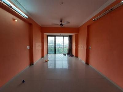 Gallery Cover Image of 1050 Sq.ft 2 BHK Apartment for rent in Mulund East for 29000