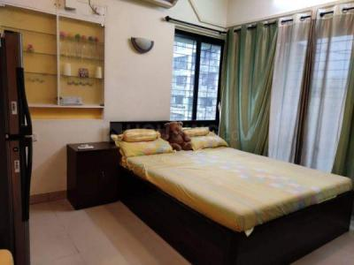 Gallery Cover Image of 580 Sq.ft 1 BHK Apartment for rent in Shree Vallabh Tower, Malad West for 30000