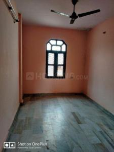 Gallery Cover Image of 500 Sq.ft 1 BHK Independent Floor for rent in Laxmi Nagar for 9500