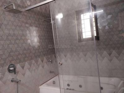 Gallery Cover Image of 4500 Sq.ft 4 BHK Independent Floor for rent in Panchsheel Park for 110000