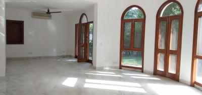Gallery Cover Image of 2700 Sq.ft 5 BHK Independent House for buy in Golf Links for 748800000