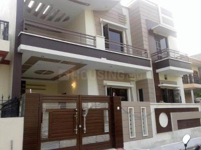 Gallery Cover Image of 950 Sq.ft 1 BHK Independent House for rent in Sector 5 for 10999