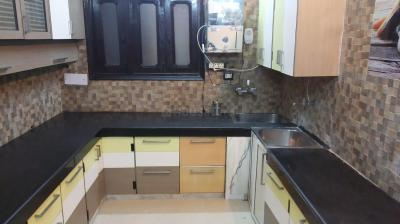 Kitchen Image of Best Girls PG In North Campus Delhi University Du , Economical Rent Accommodation With Clean & Tasty Vegetarian Food For Girls/ladies In North Campus Rana Pratap Bagh Near in Ashok Vihar