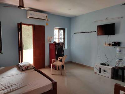 Gallery Cover Image of 850 Sq.ft 1 RK Apartment for rent in Thoraipakkam for 15000