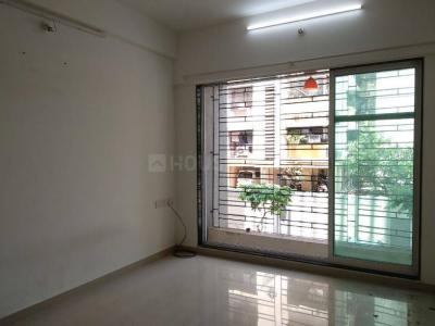 Gallery Cover Image of 745 Sq.ft 2 BHK Apartment for rent in Kandivali East for 26000