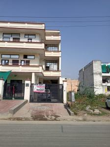 Gallery Cover Image of 3150 Sq.ft 4 BHK Independent House for rent in Sector 49 for 20000