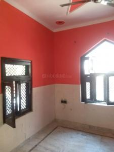 Gallery Cover Image of 450 Sq.ft 2 BHK Villa for buy in Sector 52 for 1800000