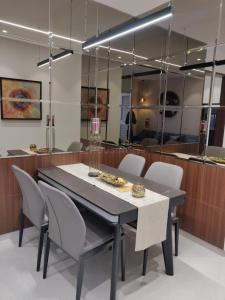Gallery Cover Image of 1014 Sq.ft 2 BHK Apartment for buy in Shri 4 Taljai Hills Phase 1, Dhankawadi for 8300000