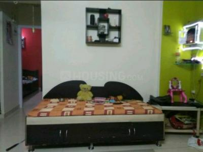 Gallery Cover Image of 630 Sq.ft 1 BHK Apartment for rent in Ghodbander for 14000