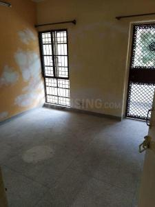 Gallery Cover Image of 1200 Sq.ft 2 BHK Apartment for rent in Sector 23 Dwarka for 20000