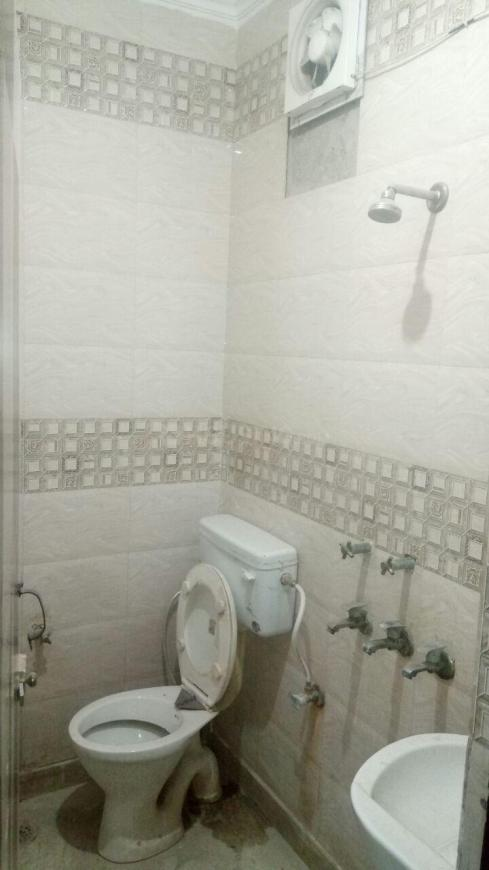 Bedroom Image of 700 Sq.ft 2 BHK Apartment for rent in Sector 11 Dwarka for 14000