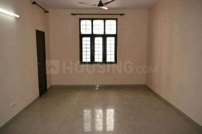 Gallery Cover Image of 1470 Sq.ft 3 BHK Apartment for buy in Ramprastha Pearl Court, Vaishali for 9500000