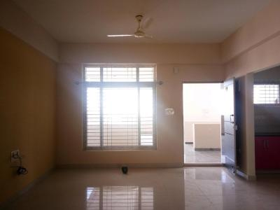 Gallery Cover Image of 1000 Sq.ft 2 BHK Apartment for rent in Electronic City for 16000