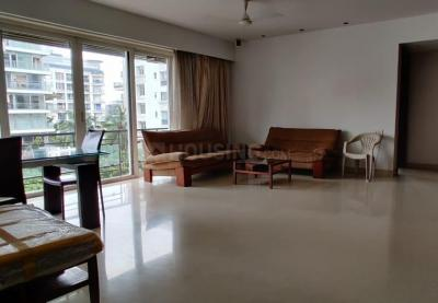 Gallery Cover Image of 2200 Sq.ft 3 BHK Apartment for rent in Bandra West for 350000