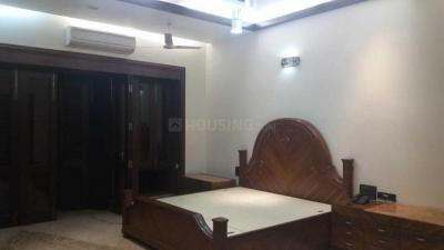 Gallery Cover Image of 1475 Sq.ft 2 BHK Apartment for buy in Thiruvanmiyur for 14000000