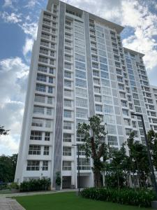 Gallery Cover Image of 580 Sq.ft 1 RK Apartment for rent in Godrej The Trees, Vikhroli East for 60000