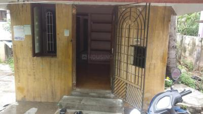 Gallery Cover Image of 800 Sq.ft 1 BHK Independent House for rent in Selaiyur for 8500