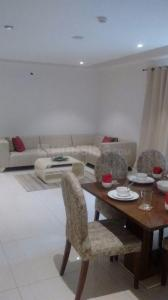 Gallery Cover Image of 1675 Sq.ft 3 BHK Apartment for buy in Sector 150 for 8500001
