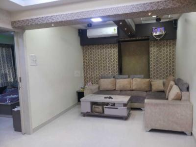 Gallery Cover Image of 800 Sq.ft 2 BHK Apartment for buy in Bandra West for 23000000