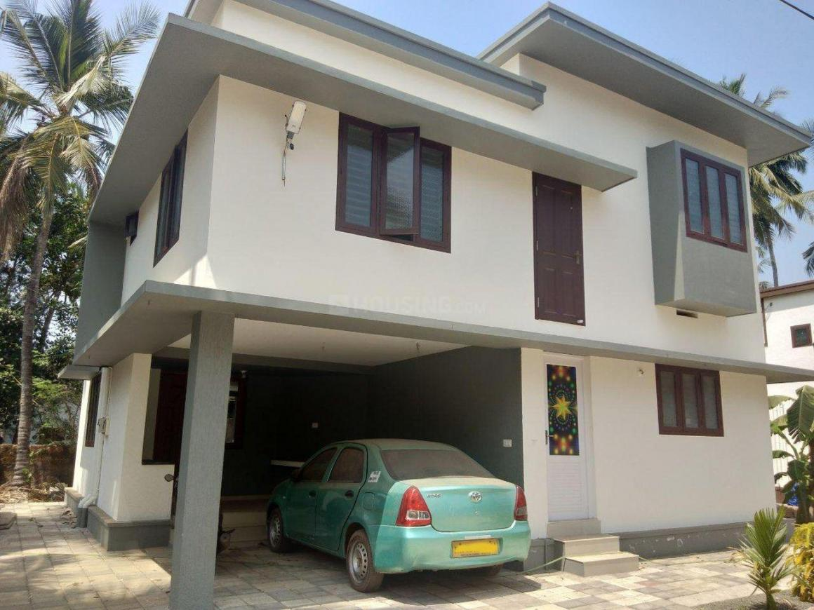 Building Image of 1400 Sq.ft 3 BHK Independent House for buy in West Hill for 6800000