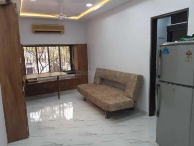Gallery Cover Image of 1250 Sq.ft 2 BHK Apartment for rent in Prabhadevi for 99000