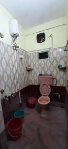Bathroom Image of PG 6849643 Golf Green in Golf Green