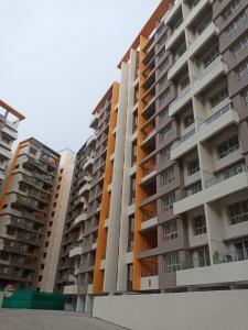 Gallery Cover Image of 1500 Sq.ft 3 BHK Apartment for rent in Kolte Patil Western Avenue, Wakad for 23500