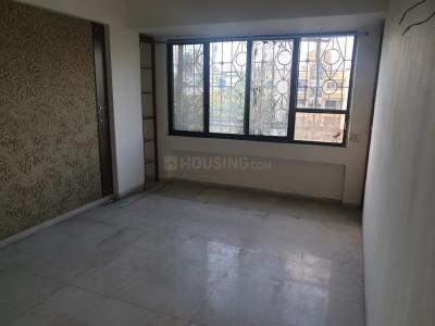 Gallery Cover Image of 1025 Sq.ft 2 BHK Apartment for rent in Goregaon East for 32000