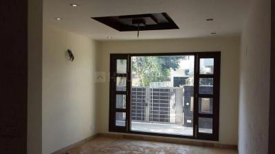 Gallery Cover Image of 2500 Sq.ft 3 BHK Independent House for rent in DLF Phase 3 for 50000