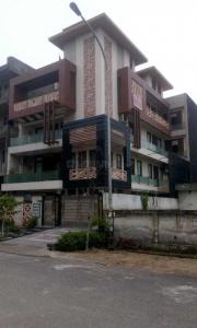 Gallery Cover Image of 4500 Sq.ft 10 BHK Independent House for rent in Sector 70 for 300000