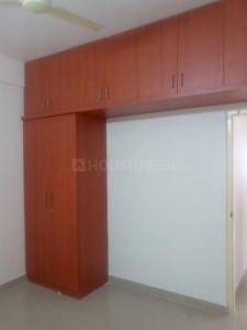 Gallery Cover Image of 1300 Sq.ft 3 BHK Apartment for rent in Lal Bahadur Shastri Nagar for 16000