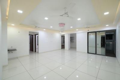 Gallery Cover Image of 2100 Sq.ft 3 BHK Apartment for buy in Navrangpura for 12800000