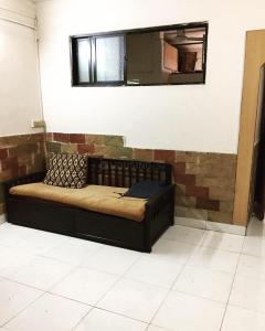 Gallery Cover Image of 500 Sq.ft 1 BHK Apartment for rent in Khar West for 35000