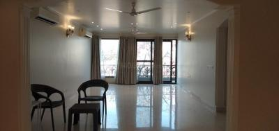 Gallery Cover Image of 2900 Sq.ft 3 BHK Independent Floor for rent in Defence Colony for 200000