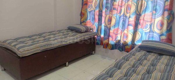 कांदिवली ईस्ट में आस्था हॉस्पिटैलिटी में बेडरूम की तस्वीर