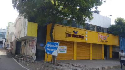 Gallery Cover Image of 1200 Sq.ft 1 RK Independent Floor for buy in Karapakkam for 15000000