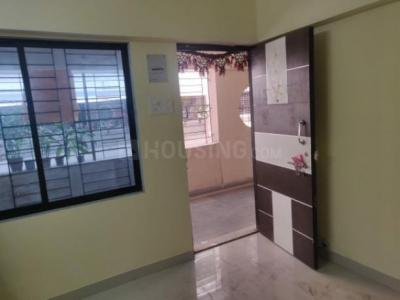 Gallery Cover Image of 410 Sq.ft 1 BHK Apartment for rent in Prabhadevi for 17000