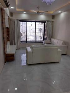 Gallery Cover Image of 1200 Sq.ft 2 BHK Apartment for rent in Kandivali West for 50000